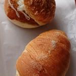93601189 - 塩パン&フィッシュバーガー
