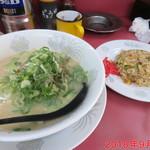 ラーメン大王 - 料理写真:Aセット(ラーメン+炒飯小) \900