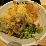 加賀旬菜くらぶ - 加賀野菜天ぶっかけうどん 1080円