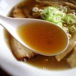 麺家 西陣 - 魚介の味がしっかりスープ!