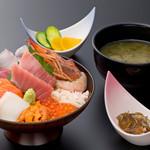 浜焼き しんちゃん - 豪華海鮮丼セット   2300円