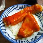 洋食の朝日 - ポークチャップ2切れと生姜焼き1枚と交換