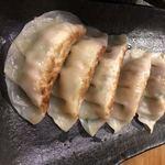 Fufutei - 本当に美味しい手作り餃子!5ケ入り390円、ダブル             750円があり