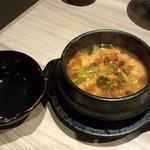 国産牛焼肉くいどん - カルビスープ