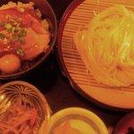 9362553 - 豚角煮丼とうどんのセット(940円)