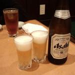 文花苑 - 瓶ビール(中)(600円)+ウーロン茶(250円)