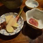 賀楽太 - ショウガとカツオ塩辛