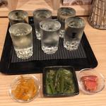 立ち呑み 庫裏 - お任せ3杯セット¥1000✖️2と、 ツマミ3点¥300。