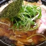 麺哲 - 薄切り肉醤油 1100円