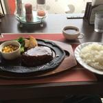 くれいどる - 料理写真:ハンバーグステーキ ライス・スープセット 1329円
