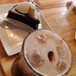アトリエカフェ - アイスカフェモカ+クラッシックショコラ