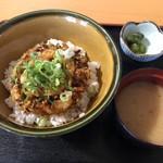鶴亀温泉 レストラン - 料理写真:かき揚げ丼
