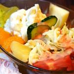 名曲・珈琲 麦 - 美味しいポテトサラダ。