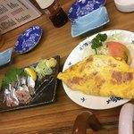 93649401 - 秋刀魚刺身とオムレツ