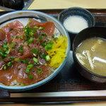 さか井 - 鉄火丼