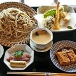 鹿落堂 - 料理写真:手打ち二八蕎麦御膳(1,800円)