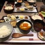 ゆば料理 東山ゆう豆 - * 卵黄醤油漬けと汲み上げゆばが人気のランチ『ゆう豆御膳』 2,000円