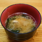 八丈島 - 島寿司@680円:味噌汁付き。具に鮭。