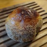 小麦工房 Plume - 料理写真:栗入りこしあんぱん