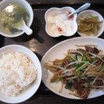 9366257 - 豚レバと韮の炒め物定食 \800