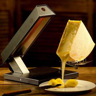 本場スイスのラクレットチーズ