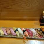 松寿司 - 料理写真:特上にぎり全体