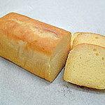 くれよん工房 - 料理写真:ソフトなケーキにブランディをぜいたくに吸わせた風味豊かなケーキ