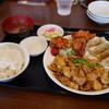 餃子館 - 料理写真:特選プレート定食