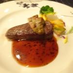 パガニーニ - 牛肉のポワレ トリュフソース