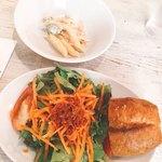 SAKEビストロNa-Na - 前菜、サラダ、パン