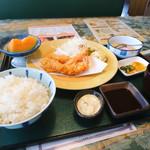 セロリ - 大エビフライ定食
