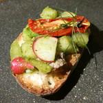93682132 - サンマのリエット 市川産樹熟豊水と雫石野菜のモザイク ピストゥ