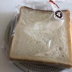 93688210 - 食パン