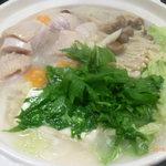 93700370 - 福岡風さつま地鶏と旬野菜の水炊き鍋