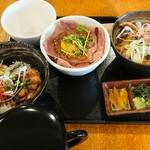 丼KING - 料理写真:三種丼まぶし