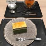 93705812 - ケーキセット(サンマルクケーキと和紅茶)