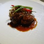 レストランパフューム - 鴨もも肉の赤ワイン煮込み グランメール風