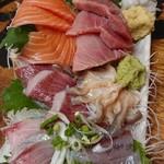 タカマル鮮魚店 - 刺身盛り合わせ 上