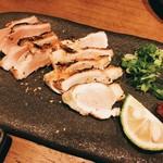 ロワゾー - 地鶏タタキ