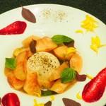 Bistro Sentiment - ブラータチーズと白桃のヒトサラ
