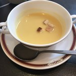 93722754 - ステーキ定食ランチのスープ