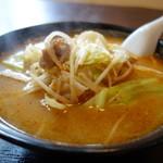 鈴木飯店 - 野菜はキャベツともやし