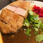 渡邊カリー - サックサクで食べやすい、ヘルシーなとんかつ(o^^o)