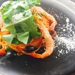 天使の海老のトマトソース