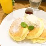 幸せのパンケーキ - 2018年6月 幸せのパンケーキ【1100円】ふぁっふぁっ!