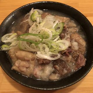 第三秋元屋 - 料理写真:「牛ホルモン塩煮込み」400円
