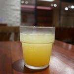 PIZZERIA GRILL BACCO - ミニッツメイドオレンジ+炭酸水