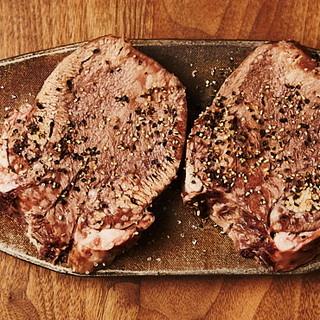 旬の食材を使用した、熟練の料理人が仕上げる至極の一皿