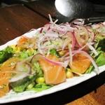 HANZO - サーモンと新鮮野菜のカルパッチョ。     2018.09.28
