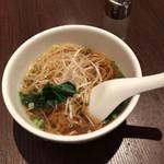 ドンシュー - お好み麺醤油味ハーフサイズ (ファミリーコース)